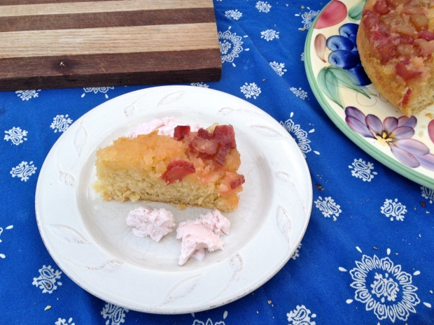 rhubarb upside-down cake with strawberry ice-cream!