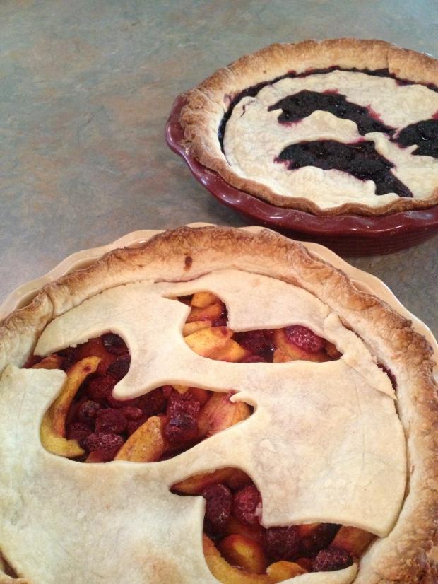 hunting motif pies
