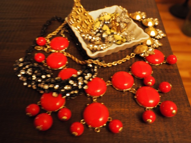 holiday statement necklaces from jcrew and banana republic