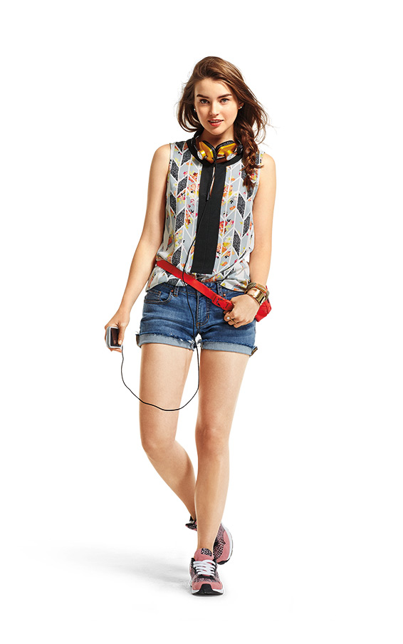 top and shorts from a cabi trunk show